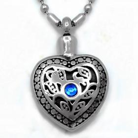 Подвеска-амулет Серебряное сердце -  Аромокулон или Емкость для хранения магического масла, духов или порошка