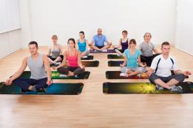 Скатерть для медитаций и йоги Аум-красный Большая