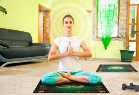 Скатерть для медитаций и йоги Аум-Зеленый