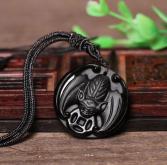 Подвеска Летучая мышь с монетой – символ денежного успеха