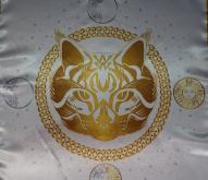 Скатерть Декоративная Предсказательная Белая кошка средняя
