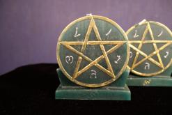 Викканская свеча Симпатия и привлекательность
